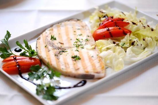 Pesce-spada-grigliato-con-verdure