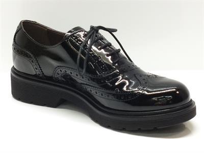 scarpe-da-donna-nero-giardini-in-vernice-nera-merlettata_4880_pg_2577_MEDI_PGD4BNG411831NR_GAL1_400