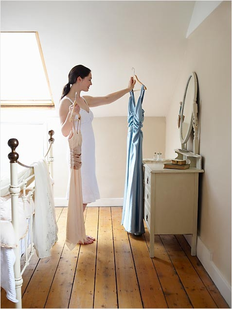 woman-choosing-dress